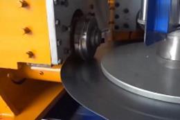 全程自动化的机械生产