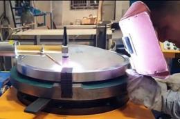 封头如何实现自动焊接?