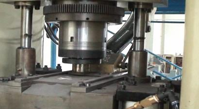 扬锻FSP粉末成形压力机