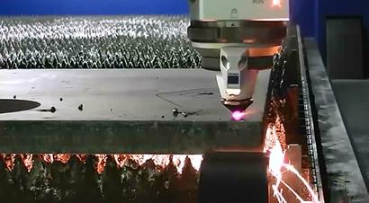 通快光纤切割1英寸厚钢板