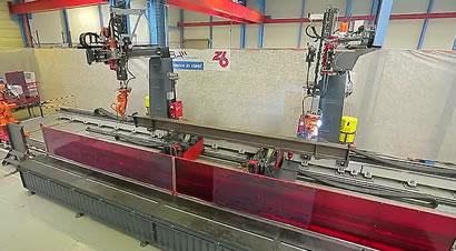 全自动机器人梁装配焊接线