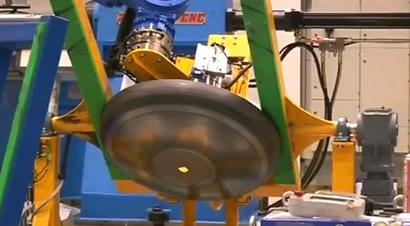 自动旋压成形机