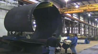 大型卷板机生产过程