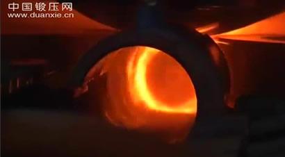 国外无缝钢管生产线