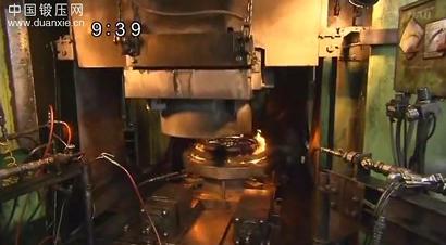 9000吨级锻压机使用