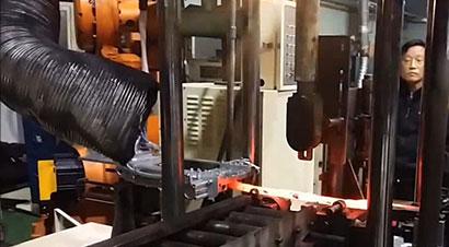 NACHI机器人+热锻线