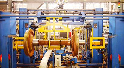 火车轮自动组装机