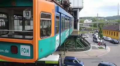德国伍珀塔尔悬挂铁路