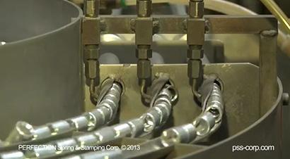 600吨模具自动化螺柱